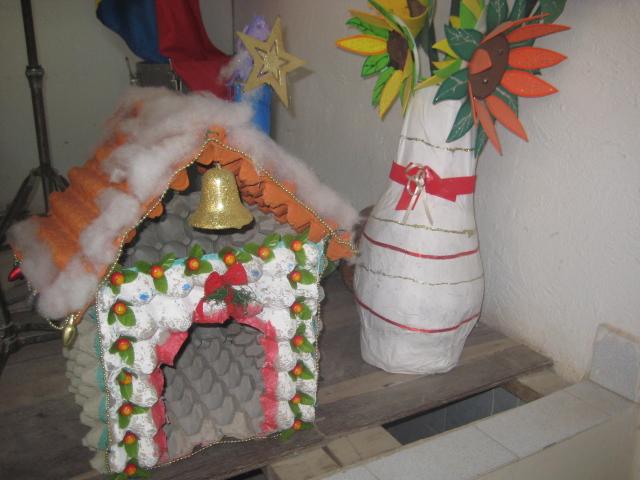 hecho a su imagen trabajos manuales de navidad