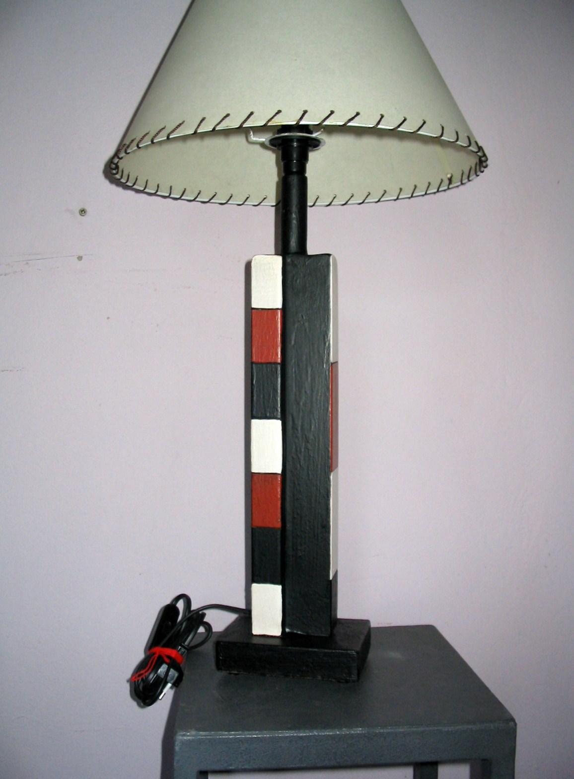 [lamparas+nuevas+y+escalera+manolo+diaz+005.jpg]