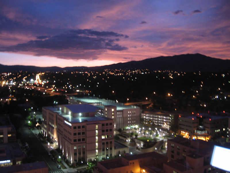 [Reno+Sunset2.JPG]