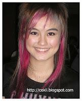 agnes monica, artis cantik dengan rambut disemir