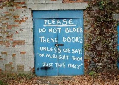 funny signs garage door dont block