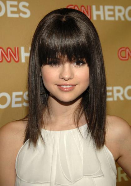 Joven y Periodista: ¿Cómo es en realidad el pelo de Selena ...