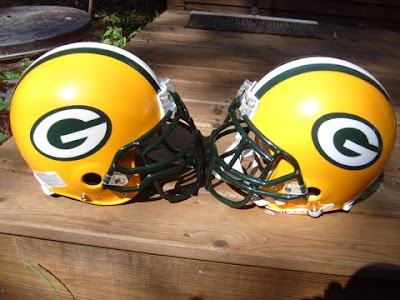 Green Bay Packers Uniform - Yellow helmet with green jersey and yellow pants