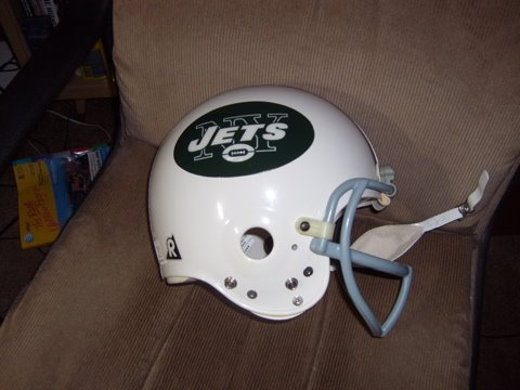 [Jets+helmet]