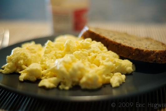 Как сделать омлет с молоком и яйцом в микроволновке - Spbgal.ru