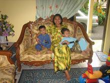 Hafiz n Amirul With Auntie