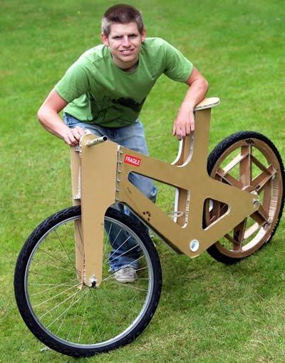 Bicicleta hecha de Cartón