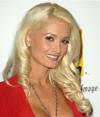 Long bangs with ended curly hairstyles. Celebrity Hairstyles: Holly Madison-