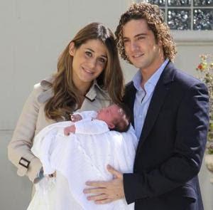 David Bisbal Presenta su hija
