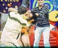 Por:Listindiario.com 09-04-10           Suspenden Los Agresores del Circo por tres meses tras pal