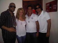 Shakira y el novio andan en Santo Domingo, graba temas con El Cata