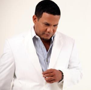El Torito llamado por su casa disquera para grabar con Santa Rosa y Tito El Bambino