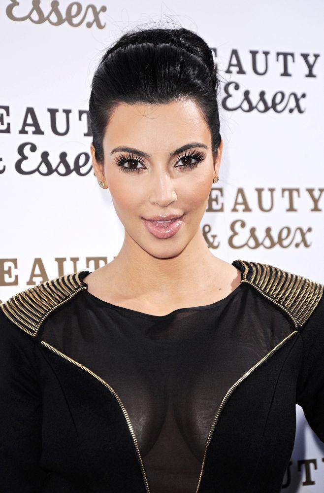 kim kardashian pregnant magazine. kim kardashian pregnant magazine. Kim Kardashian has blamed her
