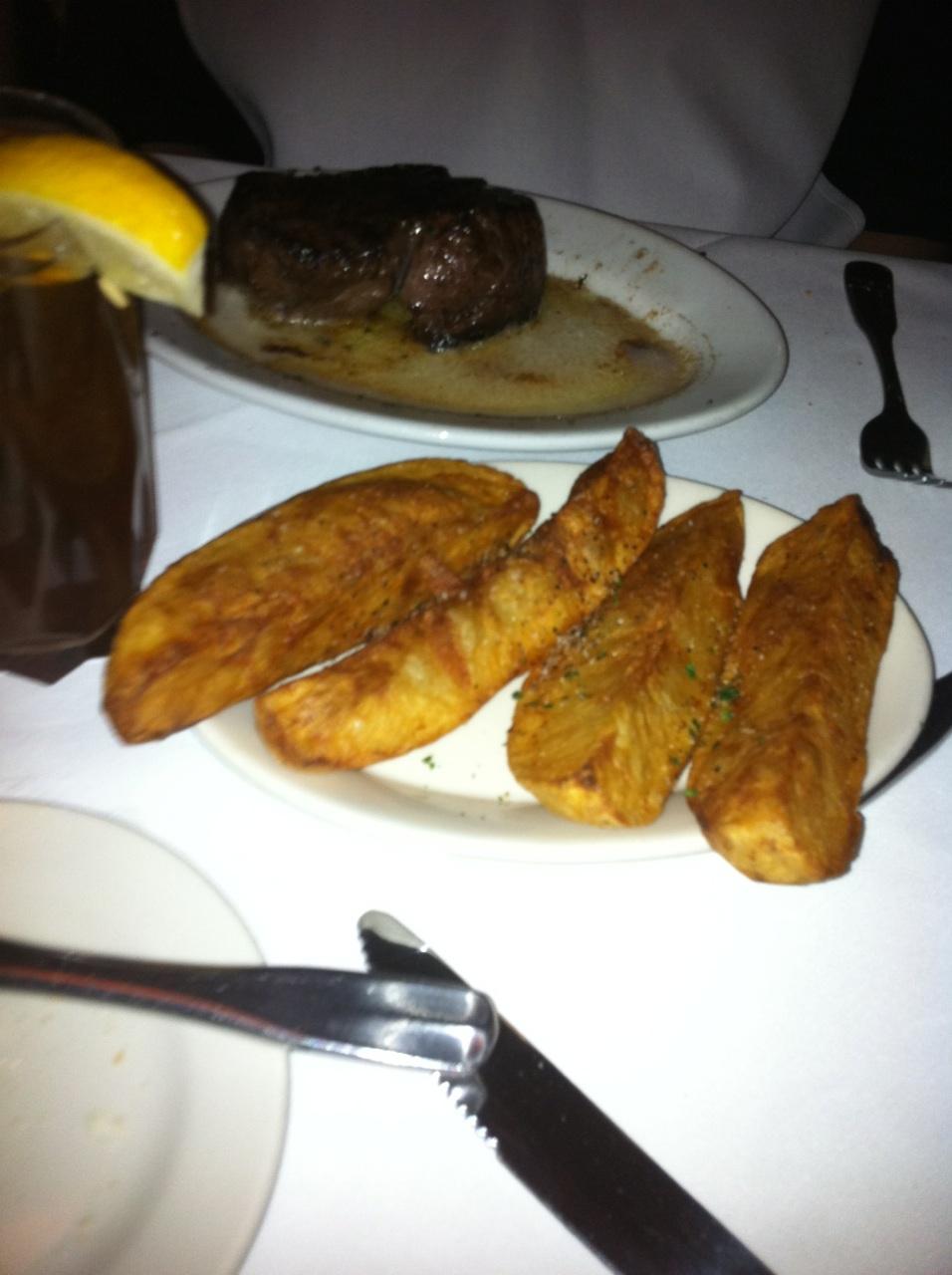 Dyna's Food Blog: Ruth Chris Steak House