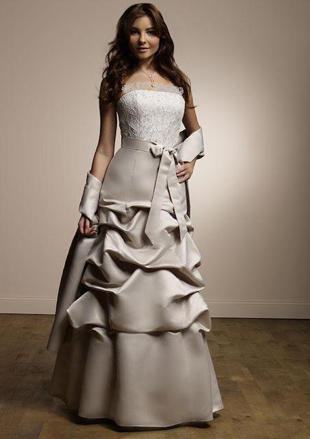 فساتين 2011  Dresses-14.1.2011-30