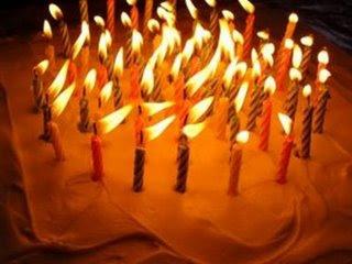 Blog MS-ZEN faz hoje 3 anos :) Velas+bolo