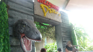 Front view of Hollywood Dino Entrance