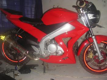 vixion R6 street fighter