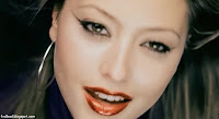 Photos of Holly Valance from Kiss Kiss Music Video - 02