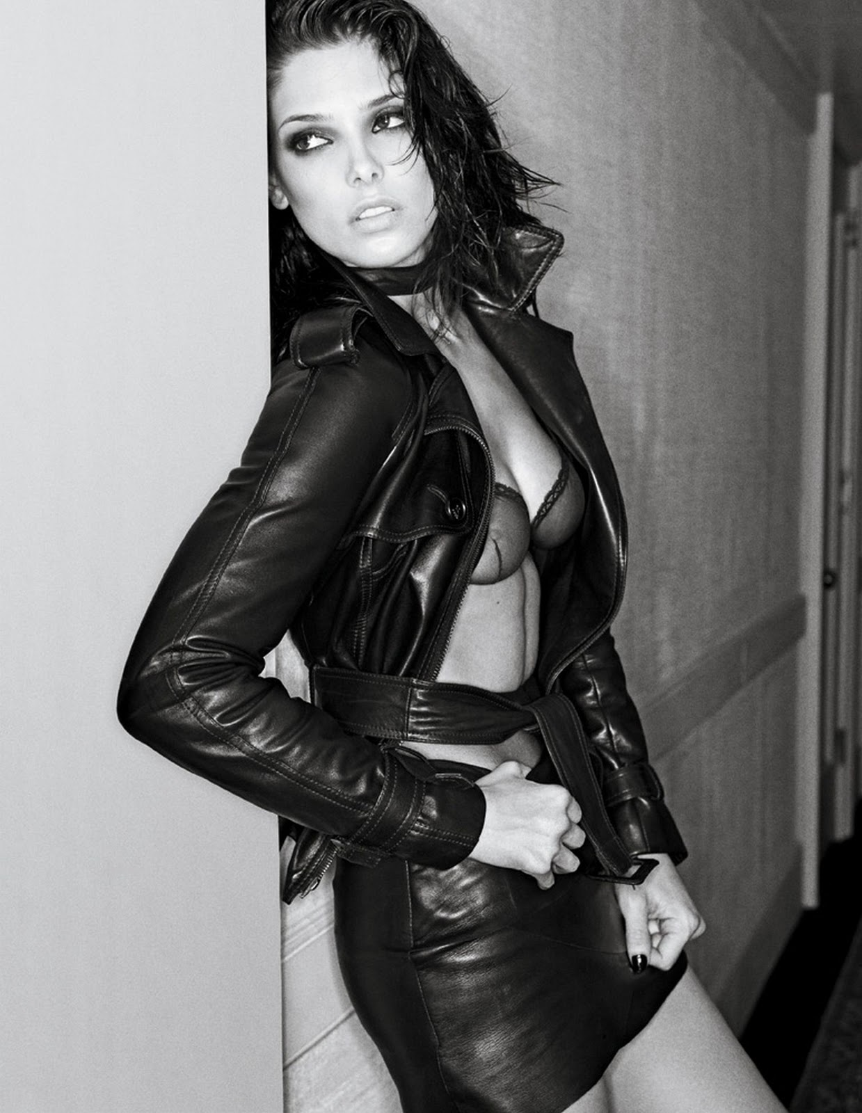 http://4.bp.blogspot.com/_y8J7CIWccNc/TRpSHJZDmBI/AAAAAAAADEI/RY0FpLQ05LE/s1600/Ashley-Greene.jpg