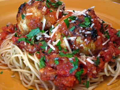 ... Healthy Journey: Spaghetti with Turkey Meatballs in Spicy Tomato Sauce