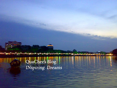 kuching river cruise sunsset