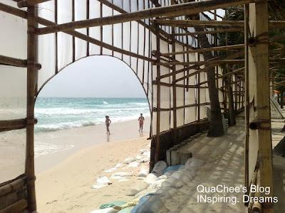 boracay white beach stand