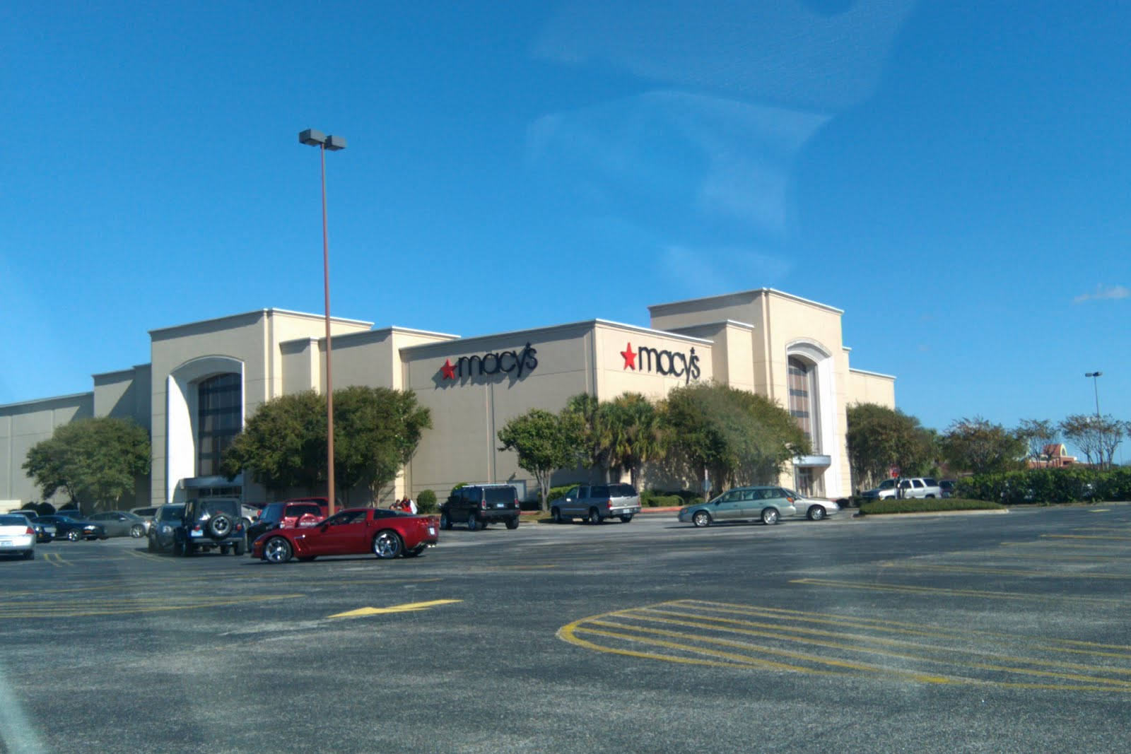 Louisiana And Texas Southern Malls And Retail Mall Of The