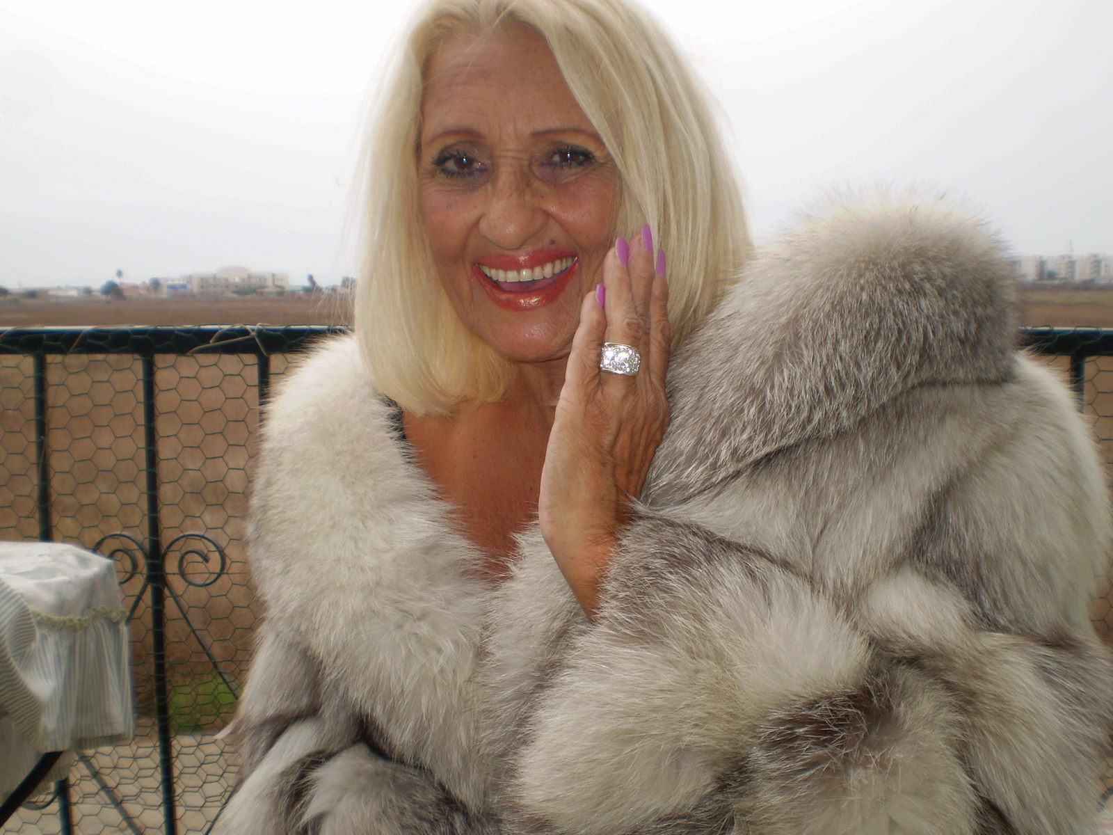 Old Women In Fur 70