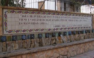 Fuentes con escrito de Gabriel Miró