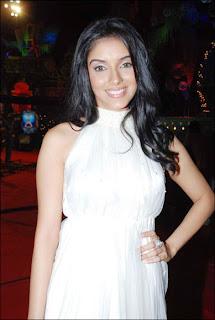 indian-desi-bollywood-hindi-actress-asin-aka-aasin