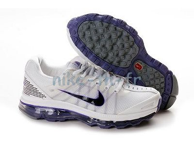 C'est votre tour de donner le verdict de sport Nike Max 2009 Femme. La signature Go Sport Air Max 2009 est gravée sur le tapis rose stratégiquement placé