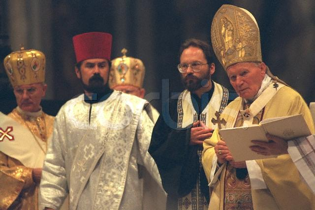 El Santo Padre Beato Juan Pablo II Celebra en Rito Bizantino