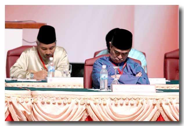 Malaysian 2day Pak Lah Membalas Tuduhan Tun Mahathir