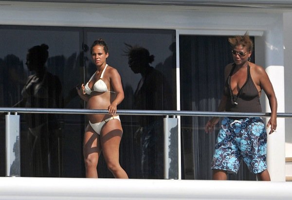 Queen Latifah was aboard the yacht for a little fun in the sun Queen Latifah And Alicia Keys
