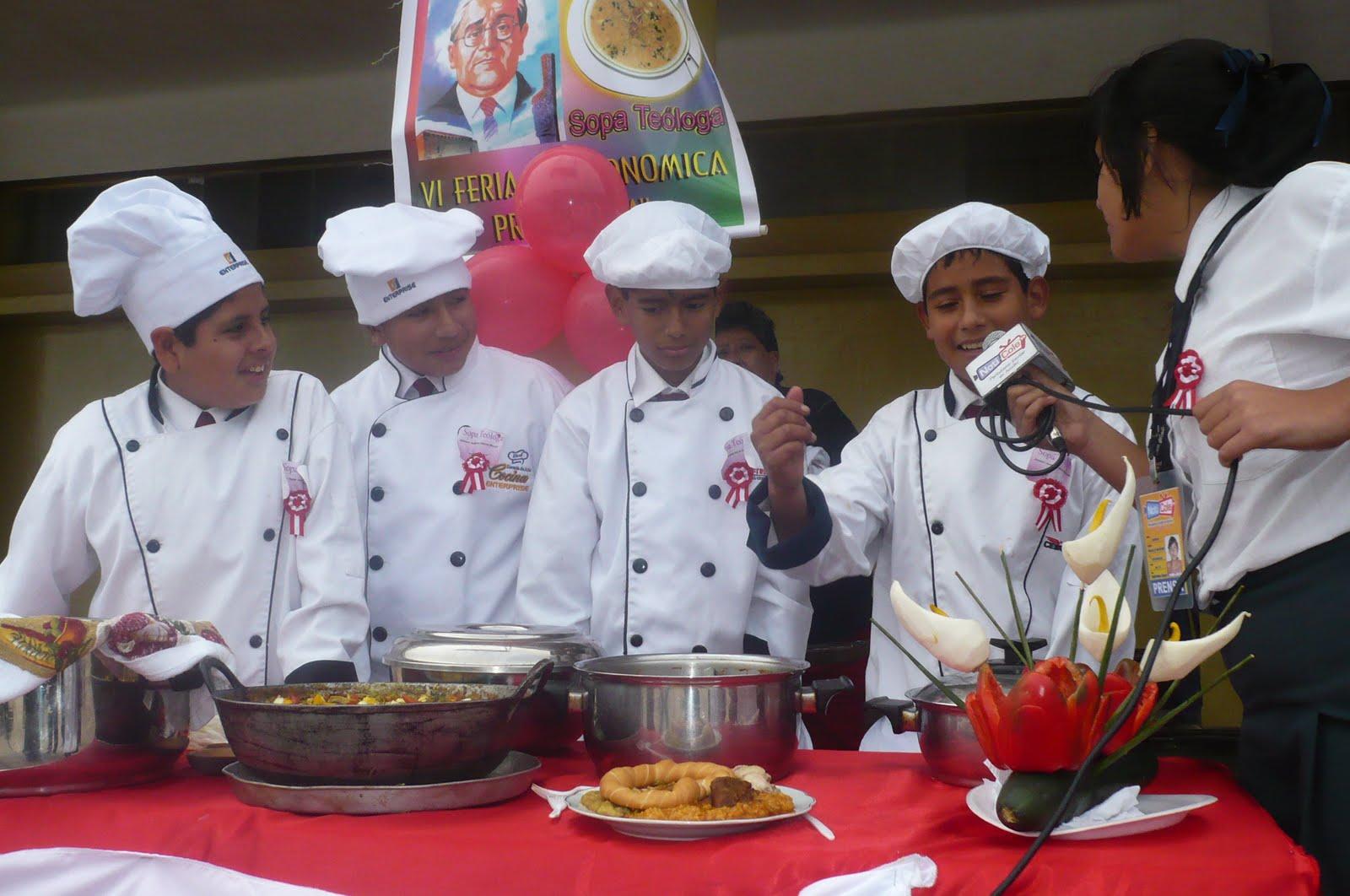 Centro cultural peruano feria gastron mica en la gran for Proyecto restaurante escolar