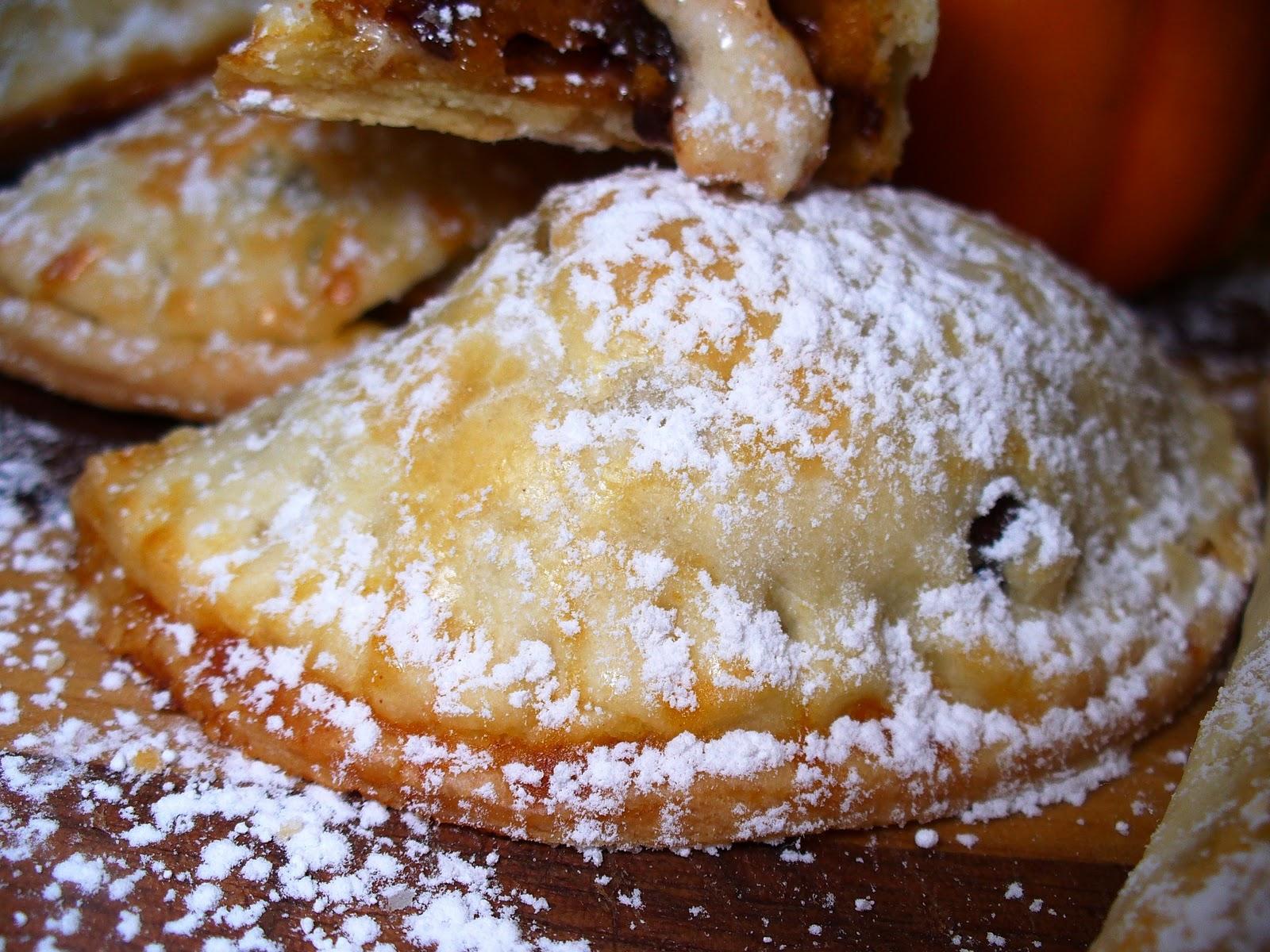 Leenee's Sweetest Delights: Mini Chocolate Chip Pumpkin Pies