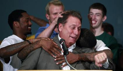 The Izzo brings out the manlove at Michigan State.