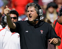 Oh snap! Mike Leach is gonna be an analyst for CBS