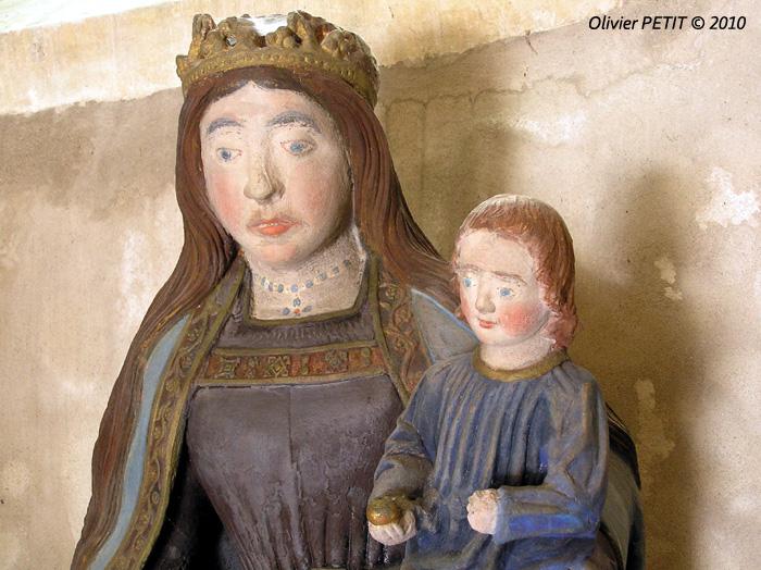 ALLAMPS (54) - Eglise paroissiale Saint-Pierre et Saint-Paul - Vierge à l'Enfant