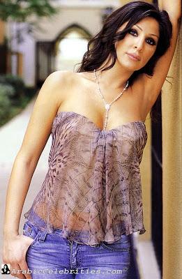 Hot and Sexy Arab Model Alisa Good Posing Hot Photo