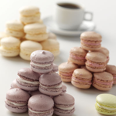 Ariel Yve Design: French Macaroons- Baked, Displayed and Enjoyed