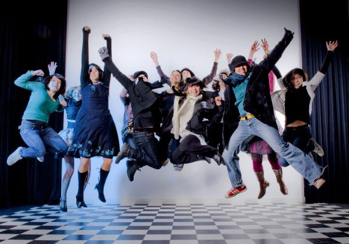 [jump]