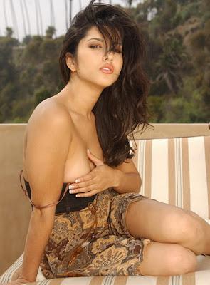 Sunny Leone, Bintang Porno Cantik Berdarah India