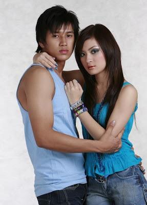 Wutt Hmone Shwe Yee and Aung Ye Lin