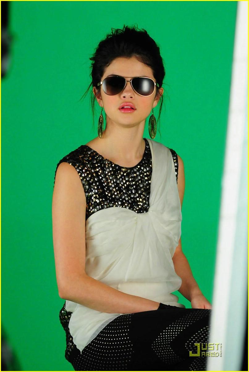 My roller coaster life naturally music video - Selena gomez naturel ...