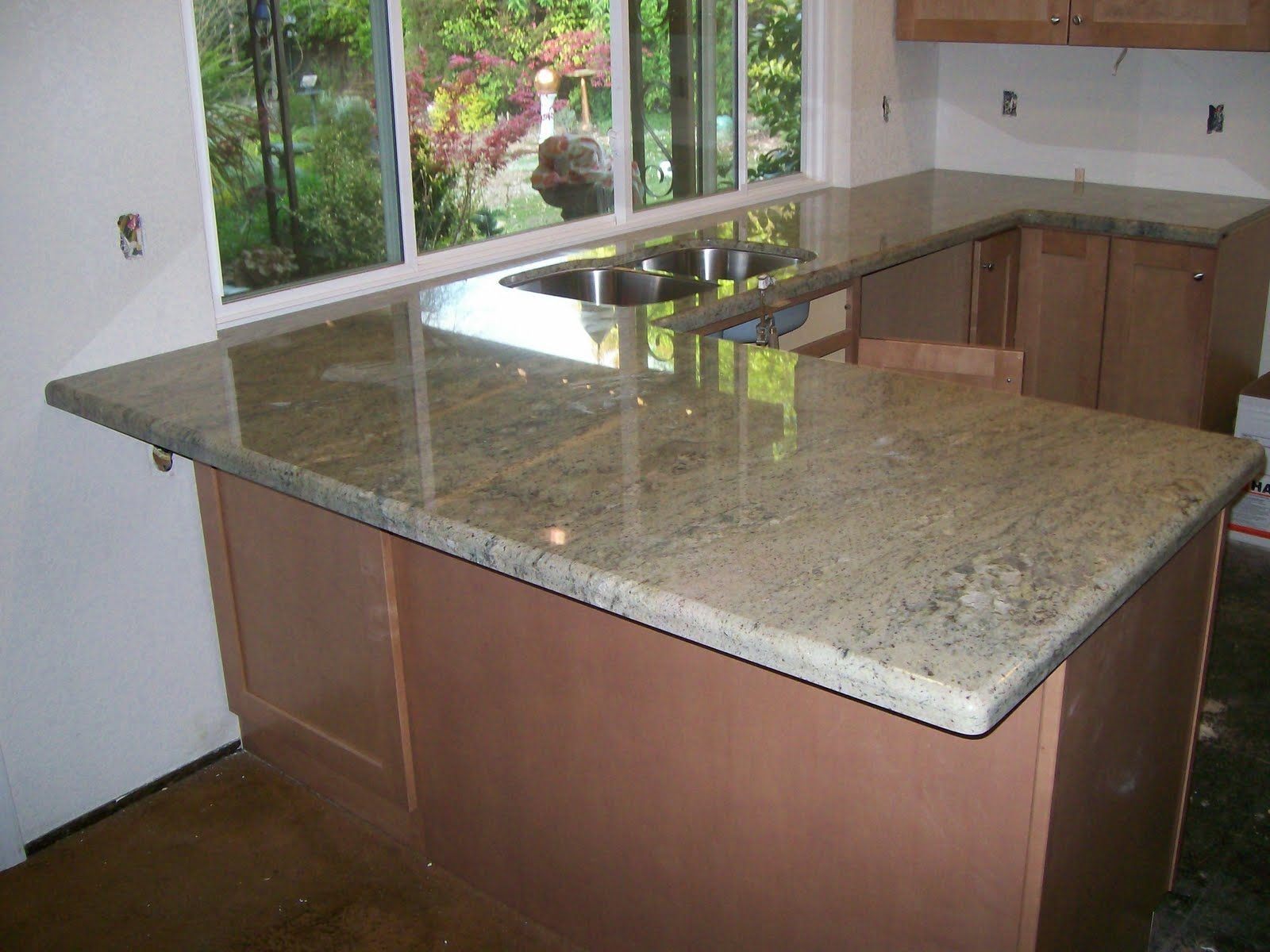 Granite Countertops Green