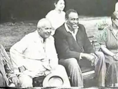 Son de los nuestros:  Paul Robeson Robeson+y+Kruchov