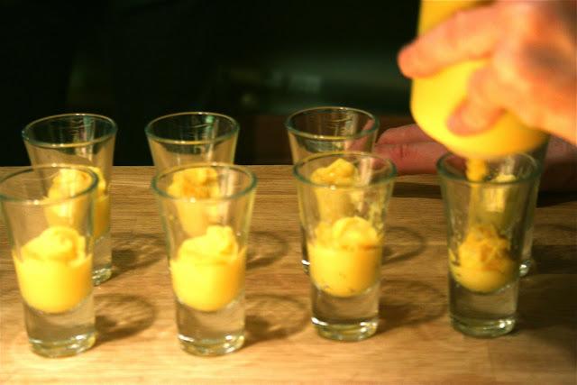 Orange skin purée and lemongrass royal:served