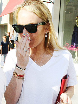 Lindsay Lohan. BOLD LINDSAY LOHAN PICTURES